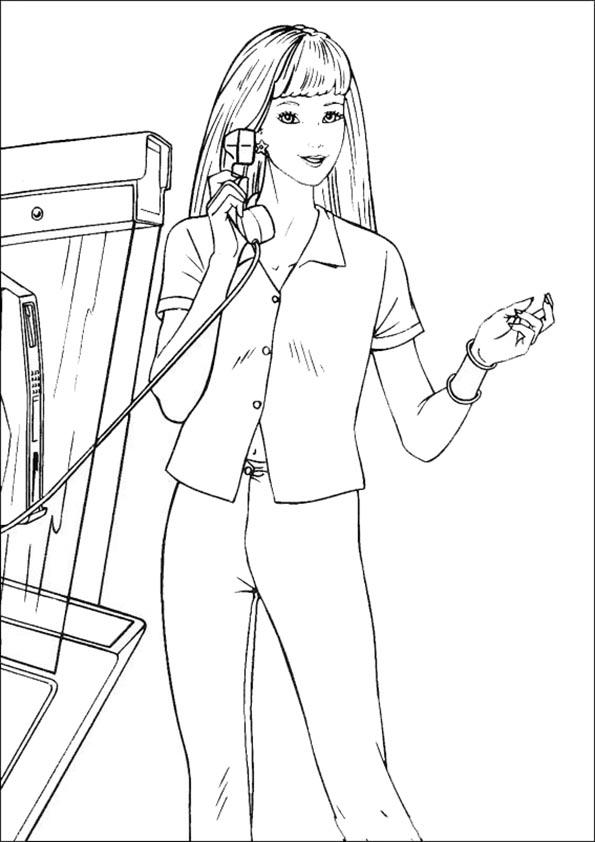 Barbie spricht durch Telefon