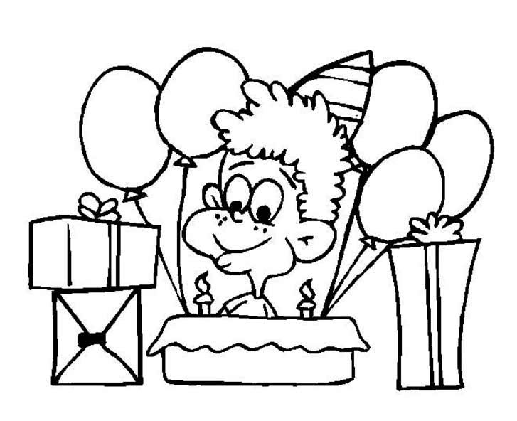 Junge mit Geburtstagsgeschenke